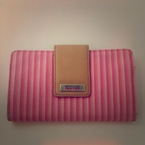 Kenneth Cole Reaction Wallet/Clutch
